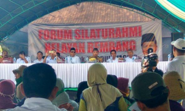 Kunjungi Rembang, Anggota DPR ini Saksikan Operasi Cantrang