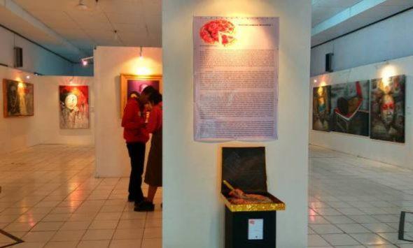 Puluhan Lukisan Dipamerkan untuk Peringati Hari Kartini