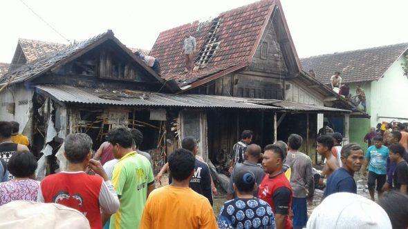 Tiga Orang Luka-luka akibat Kebakaran di Kragan