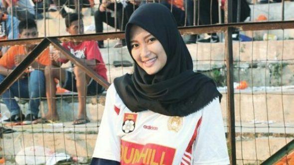 """Intan """"Ganster Ladies"""" Menangi Pemilihan Duta Wisata Rembang"""