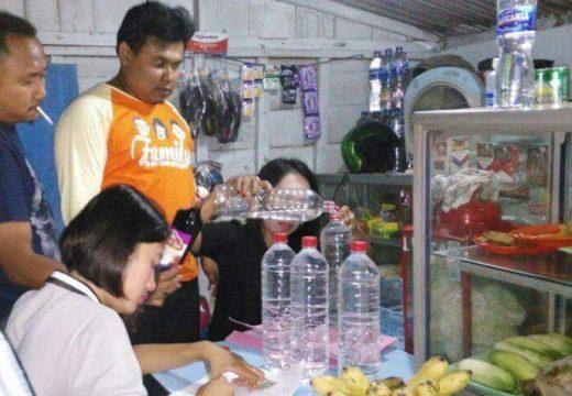 Belasan Botol Miras kembali Digaruk Petugas dari Warkop