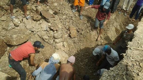Seorang Penambang Batu Tewas Tertimpa Tanah Ambrol