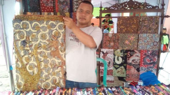 Gerai Batik di Lasem Festival Sepi Peminat