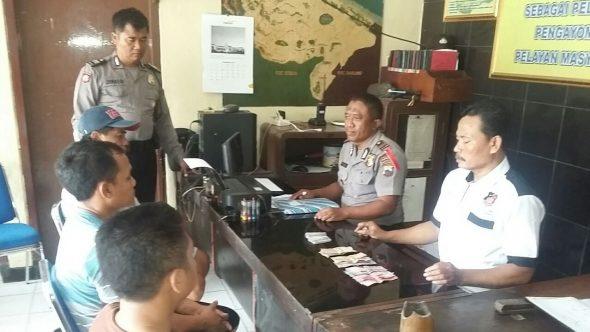 Polisi Tangkap Pejudi Remi di Belakang Warkop di Plawangan