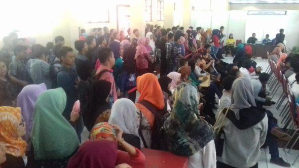 Jumlah Pencari Kerja Terus Meningkat di Rembang