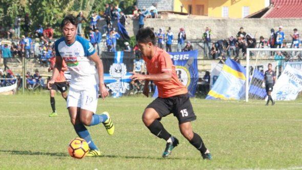 Jelang Kick-Off, Suporter Wanti-wanti Porsi Pemain Lokal