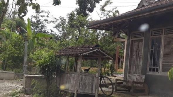 Sudah Satroni Empat Rumah, Maling Resahkan Warga Kedungtulup