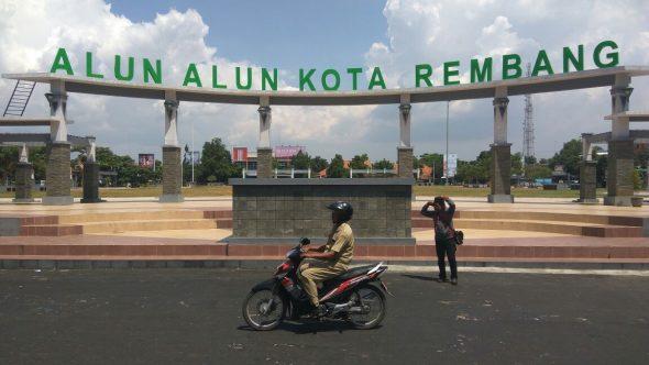 Rogoh Kocek Rp300 Juta, Pemkab Rembang Datangkan Karnaval Inbox