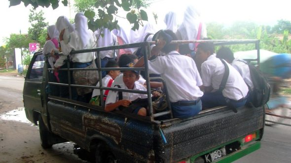 Rencana Pengadaan Bus Sekolah, Jangan Pepesan Kosong