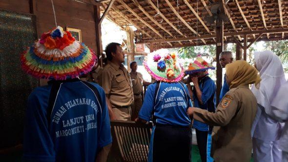 Jelang Ramadan, Puluhan Lansia Rembang Gelar Jambore