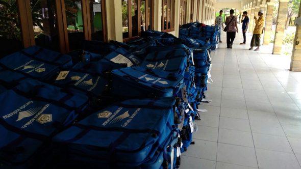 Jemaah Calon Haji Rembang mulai Mengambil Koper