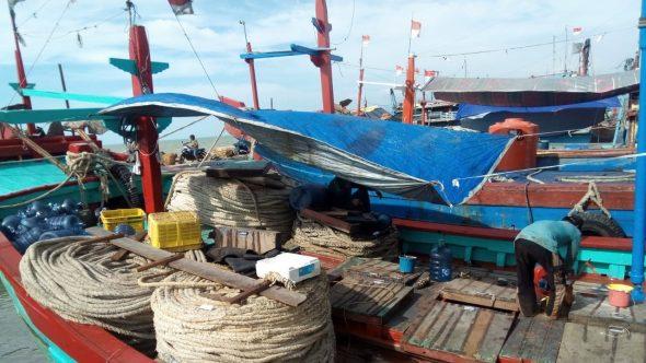 Nelayan Rembang Tunda Melaut Setelah Pilgub