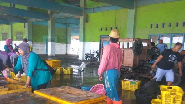 Catur Wulan Pertama, Omzet TPI di Rembang Merosot Rp40,6 Miliar