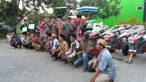 Rembang masih Butuh 719 Unit Traktor Tangan