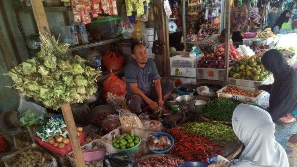 Harga Sebagian Sembako di Pasar Rembang