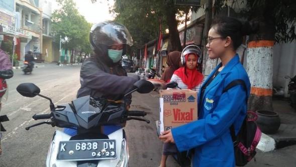 Puluhan Mahasiswa di Rembang Galang Bantuan untuk Korban Gempa NTB