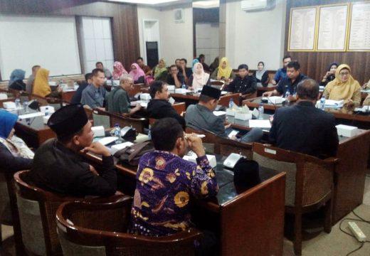 Tuntut Diangkat CPNS, FHI Rembang Ancam Mogok Ngajar