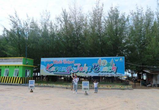 Objek Wisata Pantai Karangjahe Diminati Wisatawan Asing