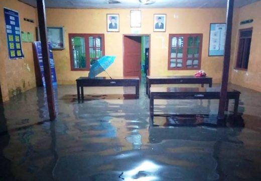 Hujan Deras, Delapan Desa di Kragan Terendam Banjir