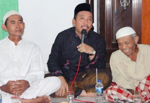 Bupati Janji Bantu Pembangunan Masjid di Karangsari