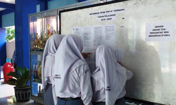 Teknis Pendaftaran Daring PPDB 2019 Jadi Kendala Calon Siswa SMA/SMK