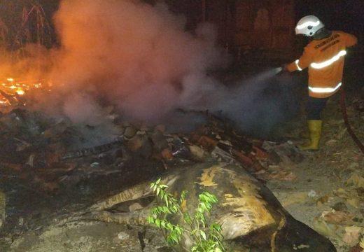 Kebakaran di Turusgede Habiskan Kandang Seisinya