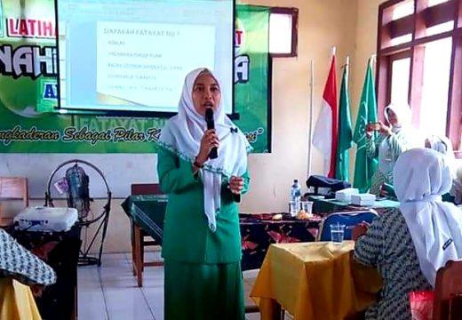 Cegah Corona, Fatayat Rembang Ajak Kadernya Bersih-bersih Rumah