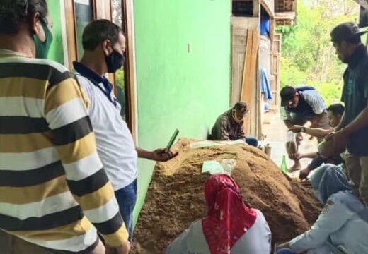 Pemuda Criwik Diajari Budidaya Jamur Tiram