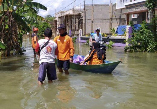 Kampus YPPI Bantu Korban Banjir Pati