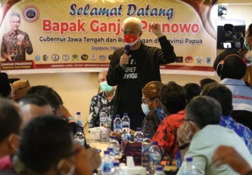 Ganjar Temui Warga Jateng di Perantauan Papua