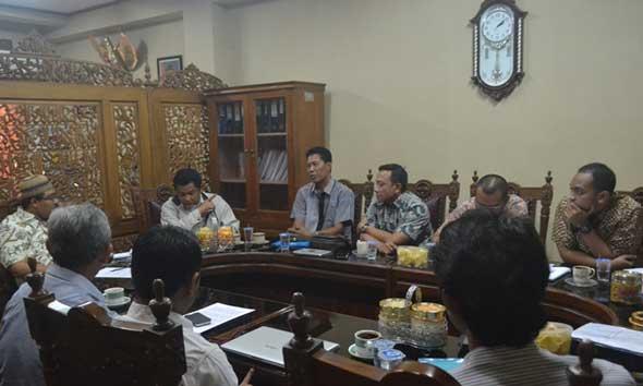 Komisaris Utama PRK Datangi DPRD Soal Tanjung Bonang