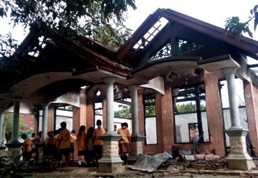 Diduga Korsleting, Rumah Beserta Isinya Ludes Terbakar