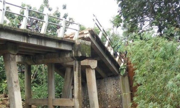 Perbaikan Jembatan Ambrol Ronggomulyo Tunggu Cuaca Normal