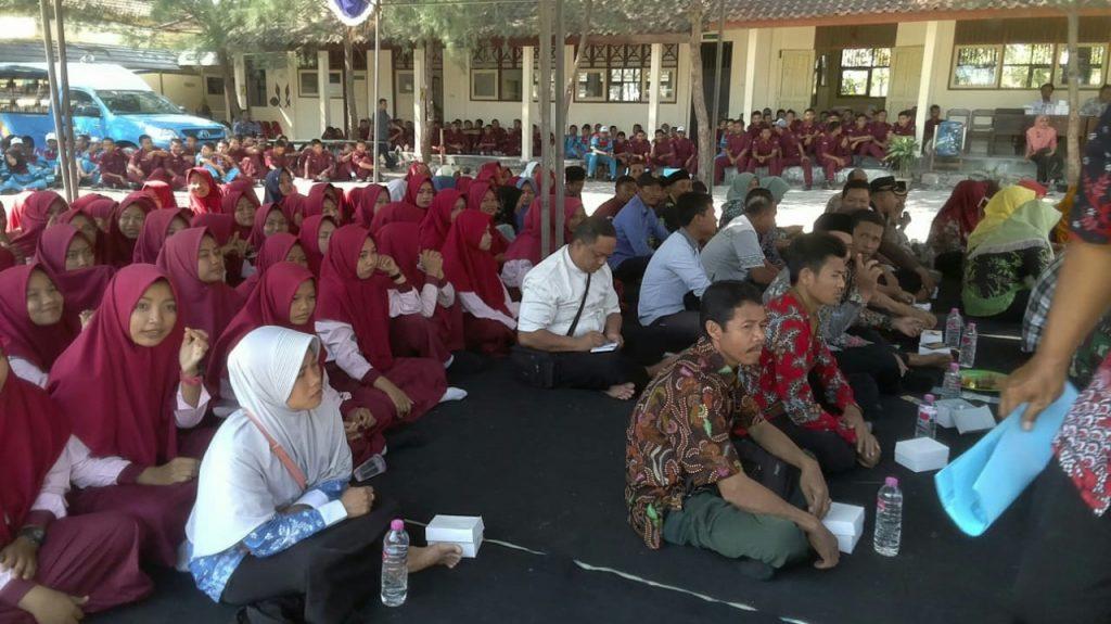 Pemerintah Kabupaten (Pemkab) Rembang melalui Dinas Kearsipan dan Perpustakaan menggelar agenda jelajah literasi yang dimulai Selasa (30/7/2019) kemarin sampai tanggal 28 Agustus 2019 mendatang. (Foto: mataairradio.com)