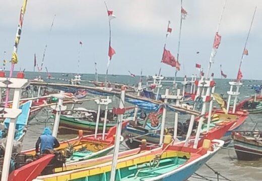 Daya Produksi Nelayan di Rembang Turun Akibat Cuaca Buruk